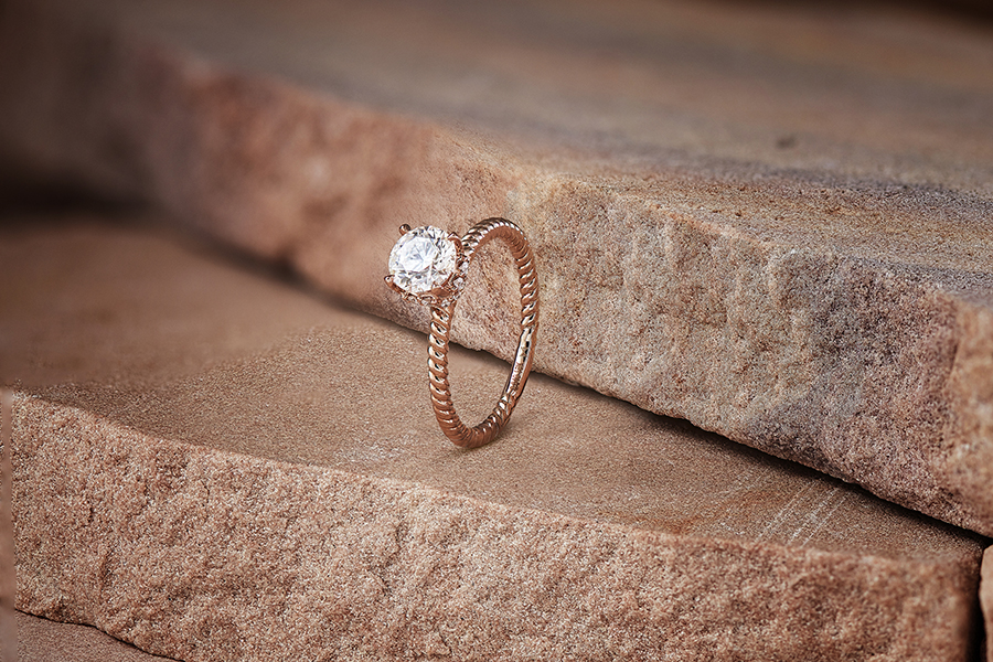 what would be an ideal engagement ring?